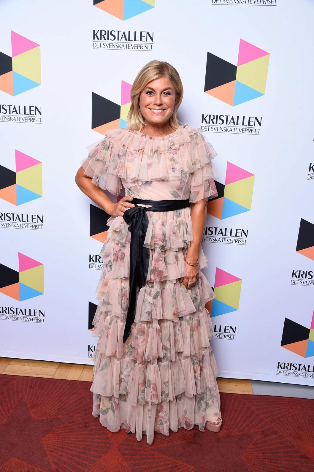 Pernilla Wahlgren på röda mattan på Kristallen 2020