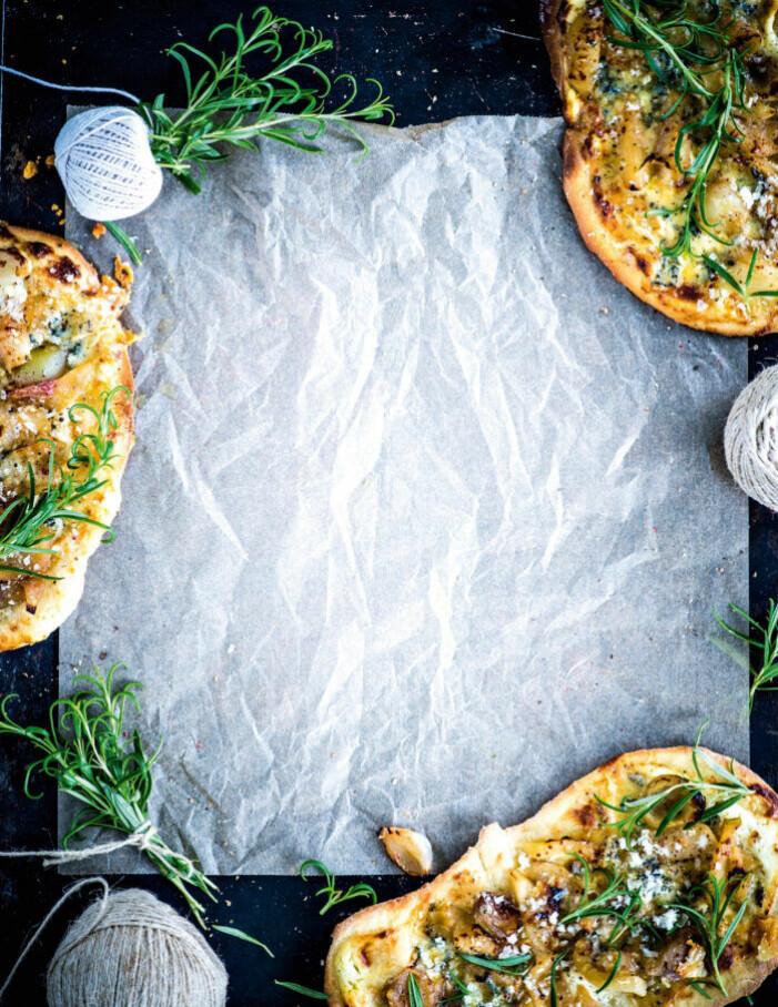 Recept på pizza med gorgonzola och äpple