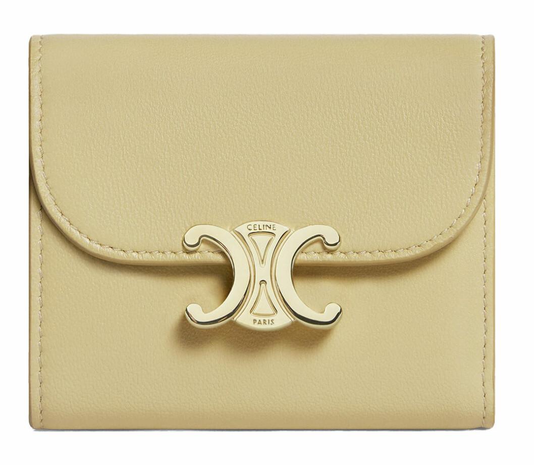 gul plånbok från Celine by hedi slimane.