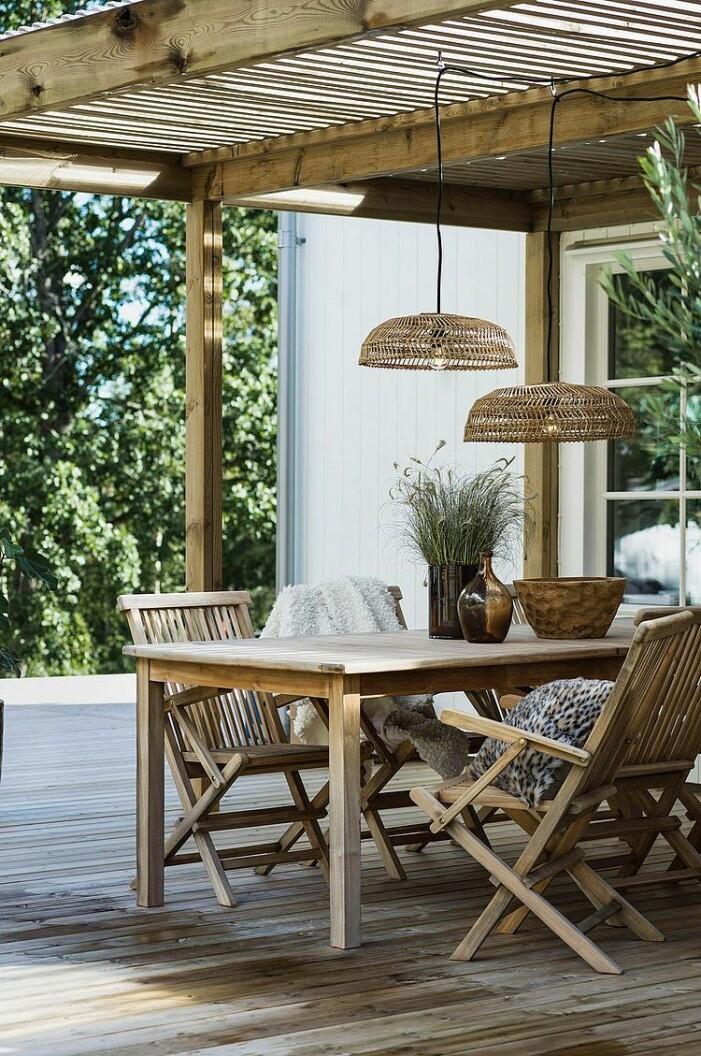 lampa uteplats balkong