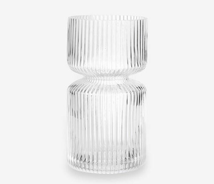 räfflad liten glasvas från granit