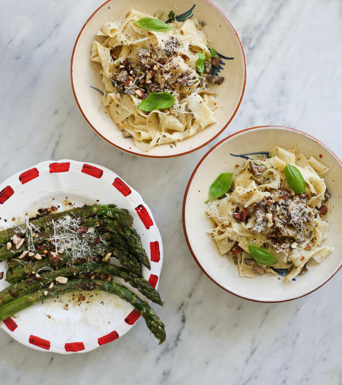 Recept på handskuren pappardelle med svamp och nudlar