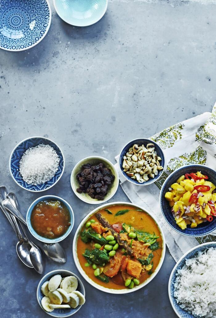 Recept på ristaffel med grönsakscurry och mangosalsa