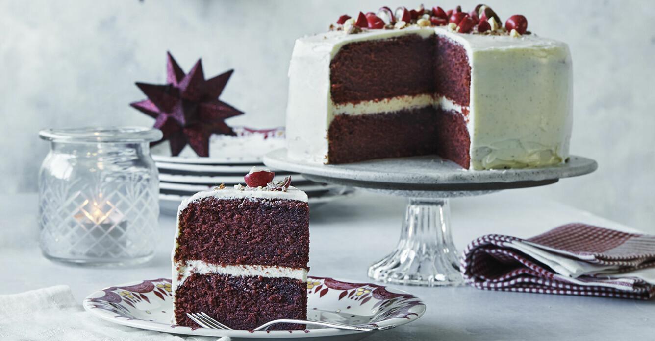 Recept på red velvet-kaka med frosting