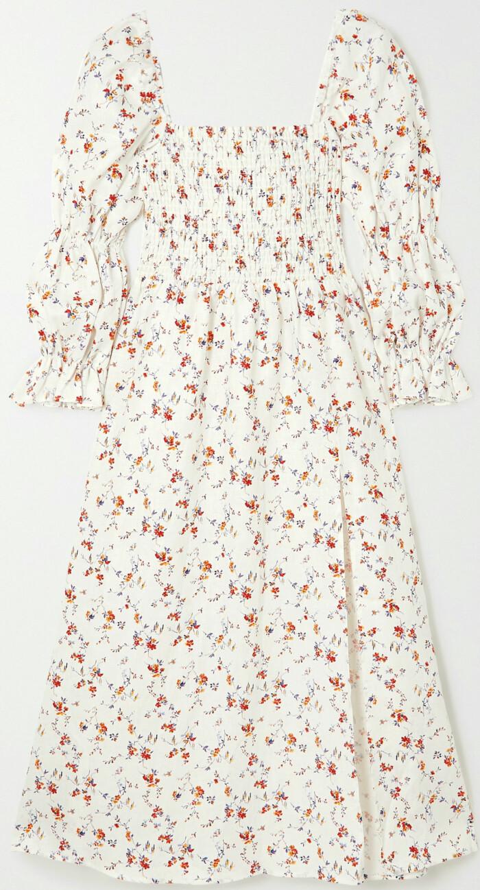 klänning med småblommor från Reformation.