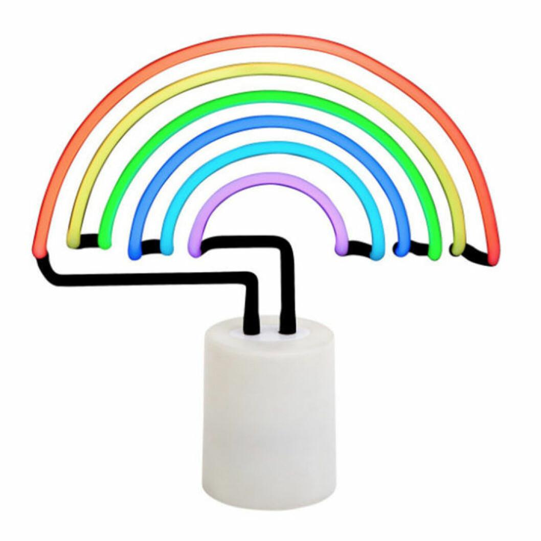 Neonlampa i form av en regnbåge