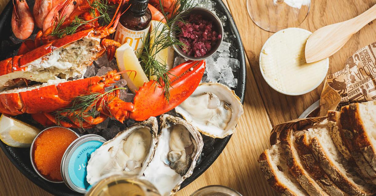 Urban Deli Nytorget är en av många restauranger som har öppet över midsommar 2021