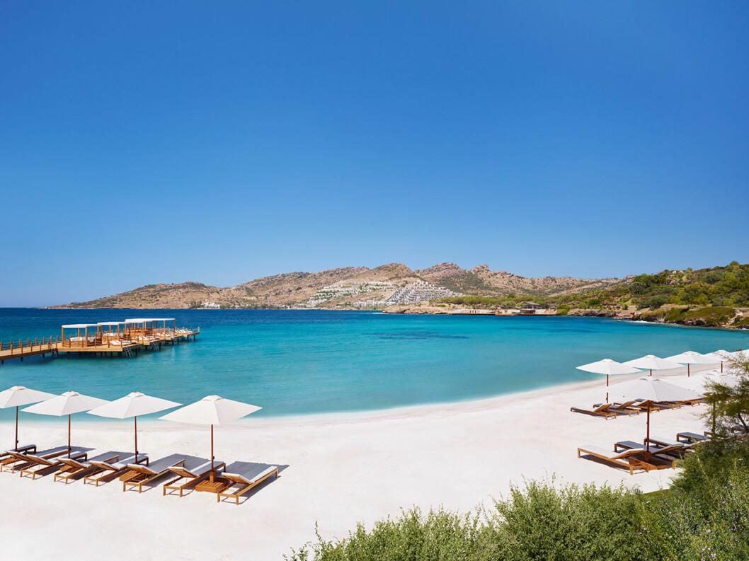 The Bodrum Edition erbjuder en fantastisk strand.