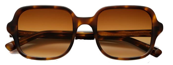 Retroinspirerade solglasögon från Chimi i fyrkantig oversized modell.