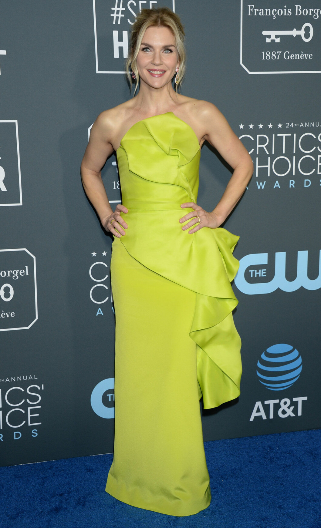 Rhea Seehorn på röda mattan på Critics Choice Awards 2019