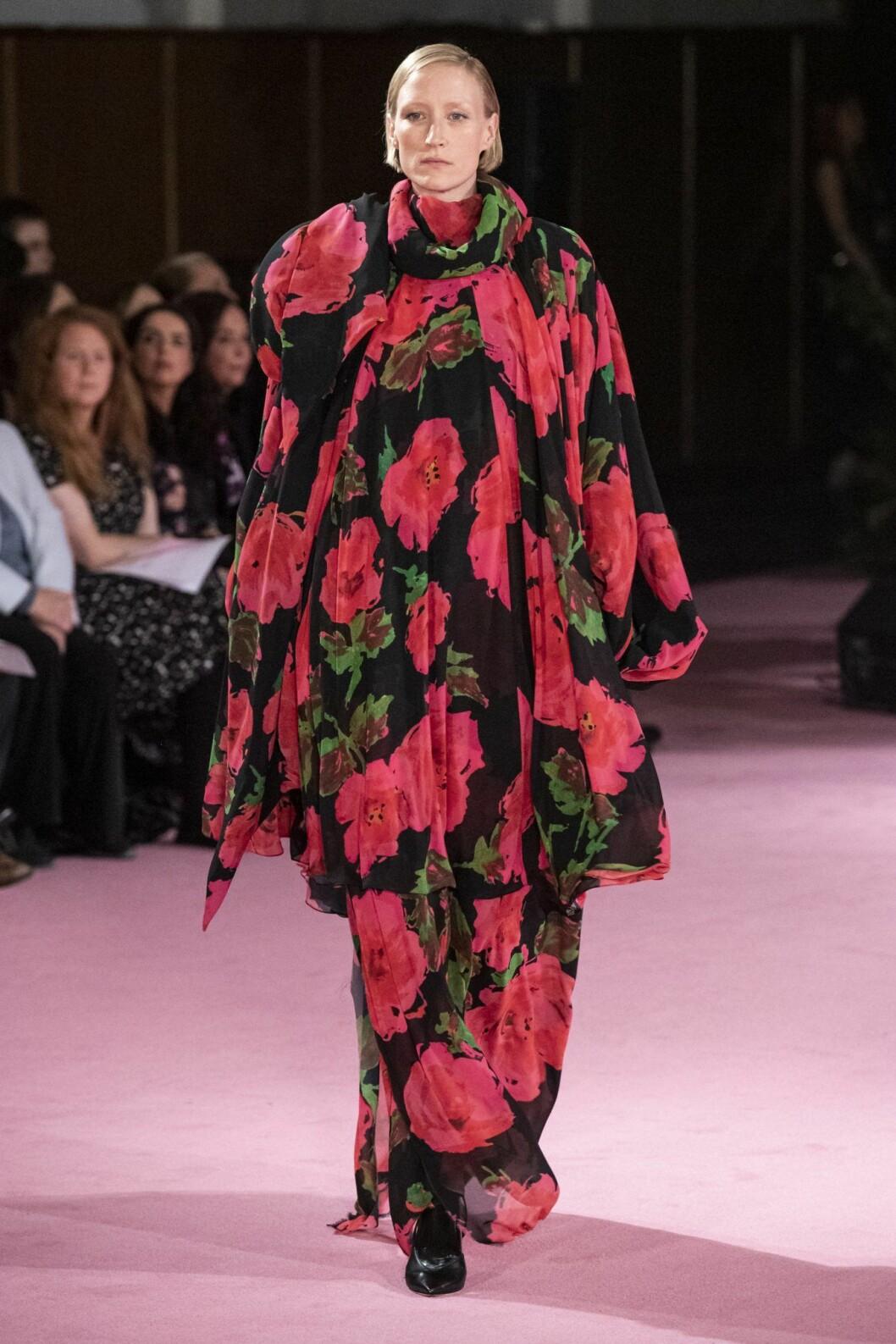Blommig klänning från Richard Quinn