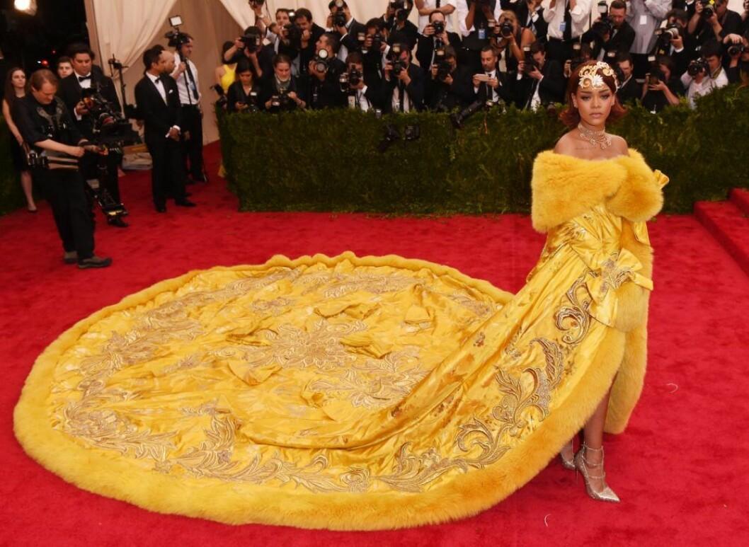 Rihanna på Met-galan 2015