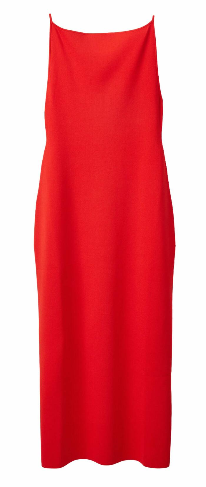 röd klänning från cos.