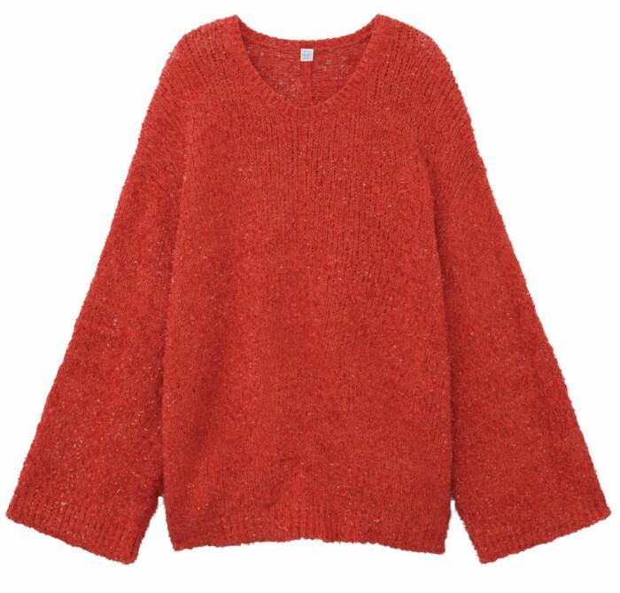 röd tröja från toteme.