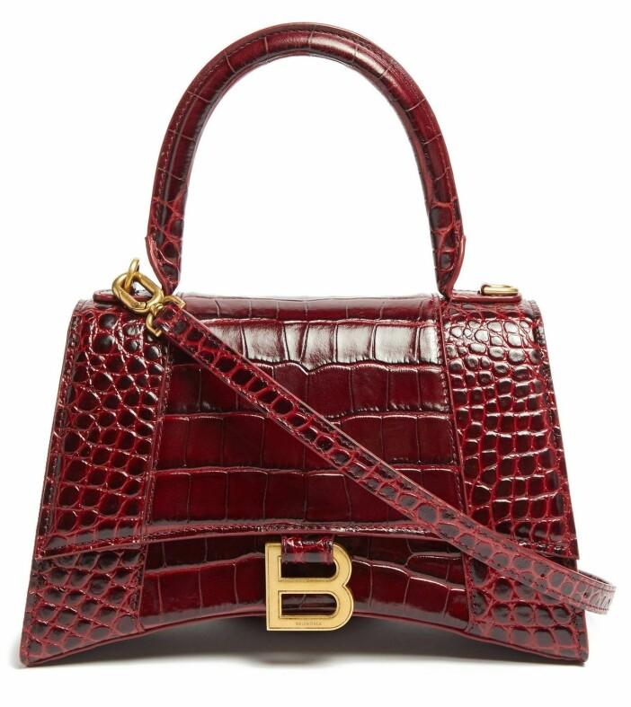 röd väska från Balenciaga