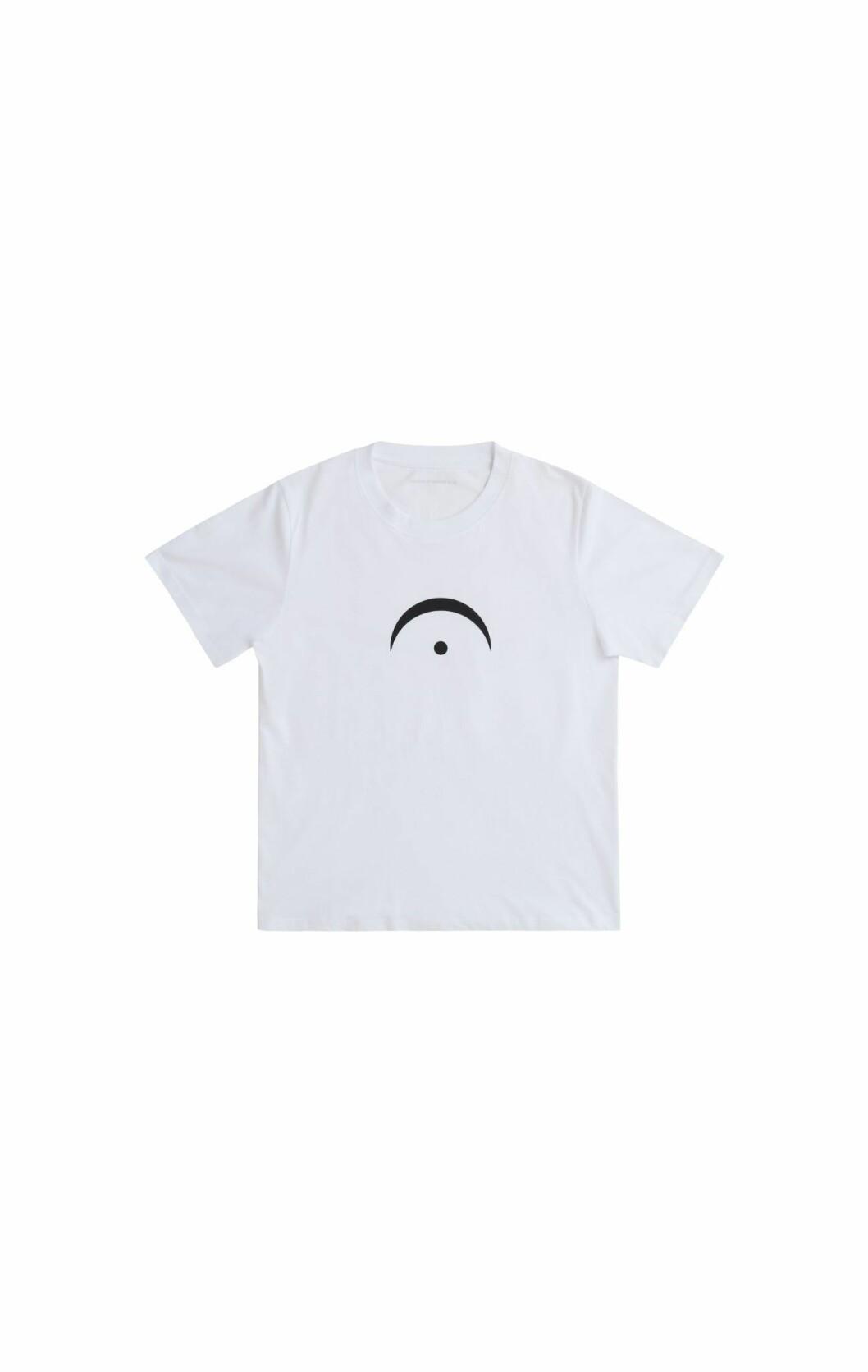 Jacob Mühlrad by Rodebjer, t-shirt framifrån