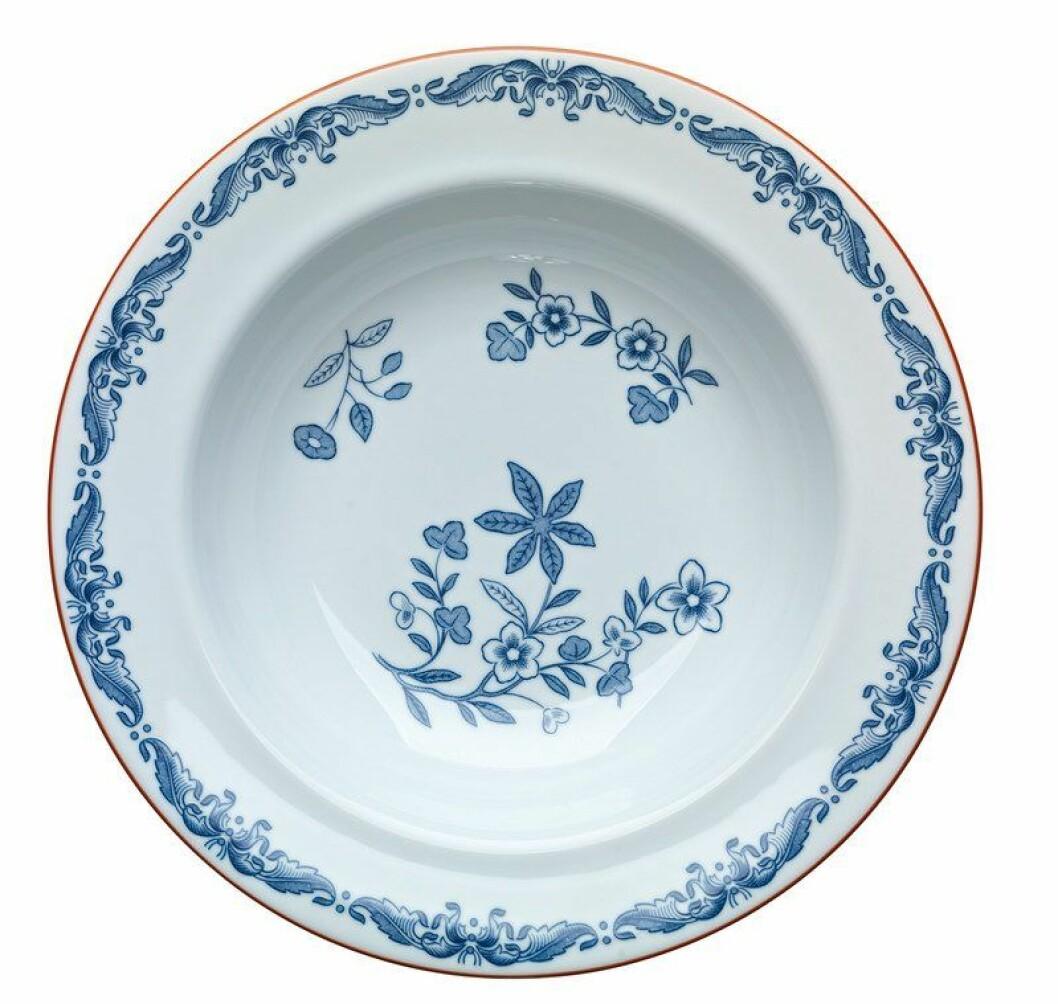Varför inte servera frukost, lunch och middag på porslinsserien Ostindia från Rörstrand.