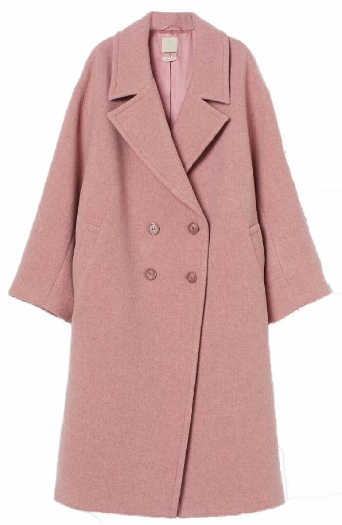 Rosa kappa i oversized modell från H&M.