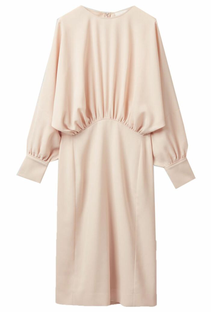 ljusrosa långärmad klänning från COS