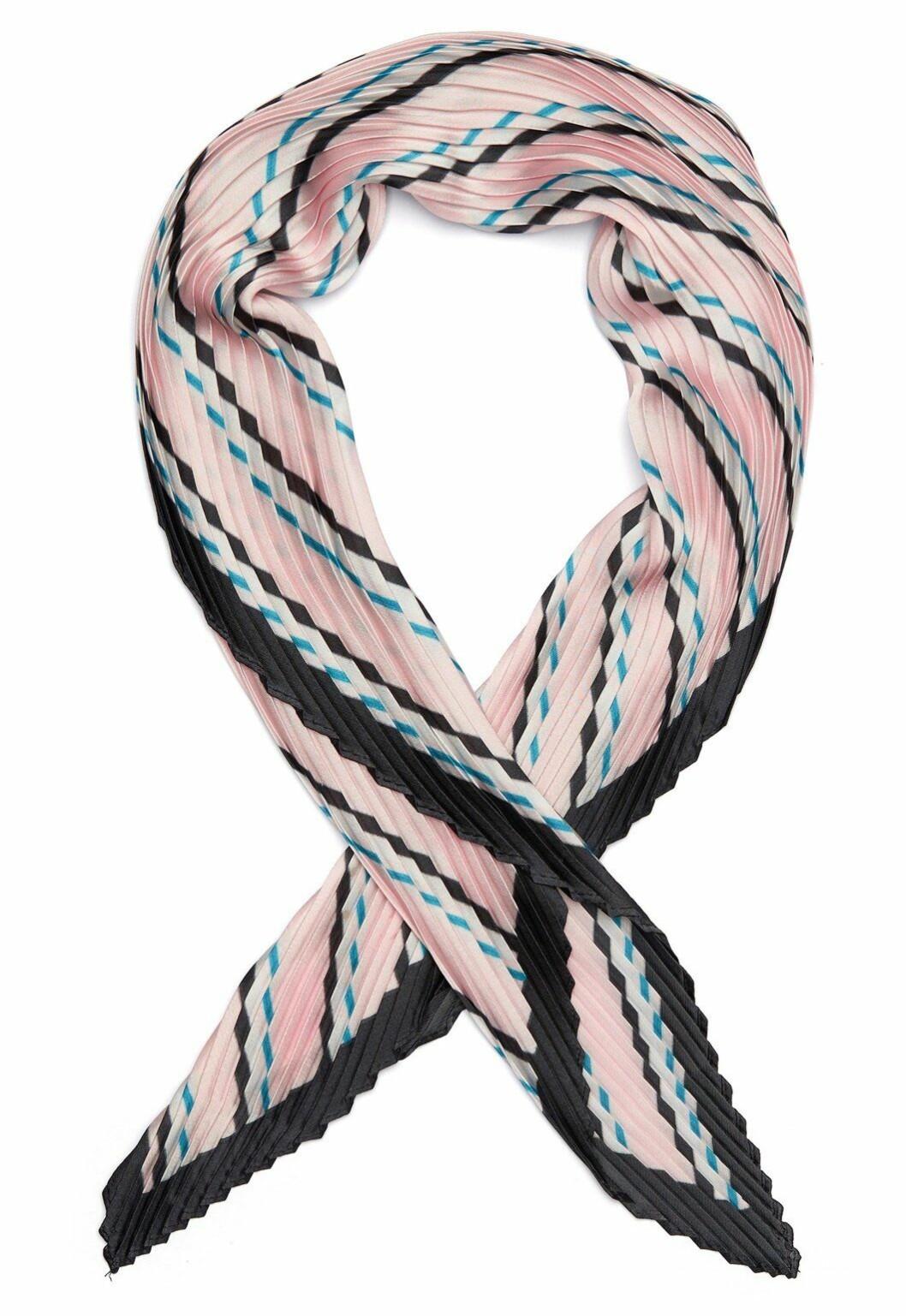 Rosa plisserad sjal