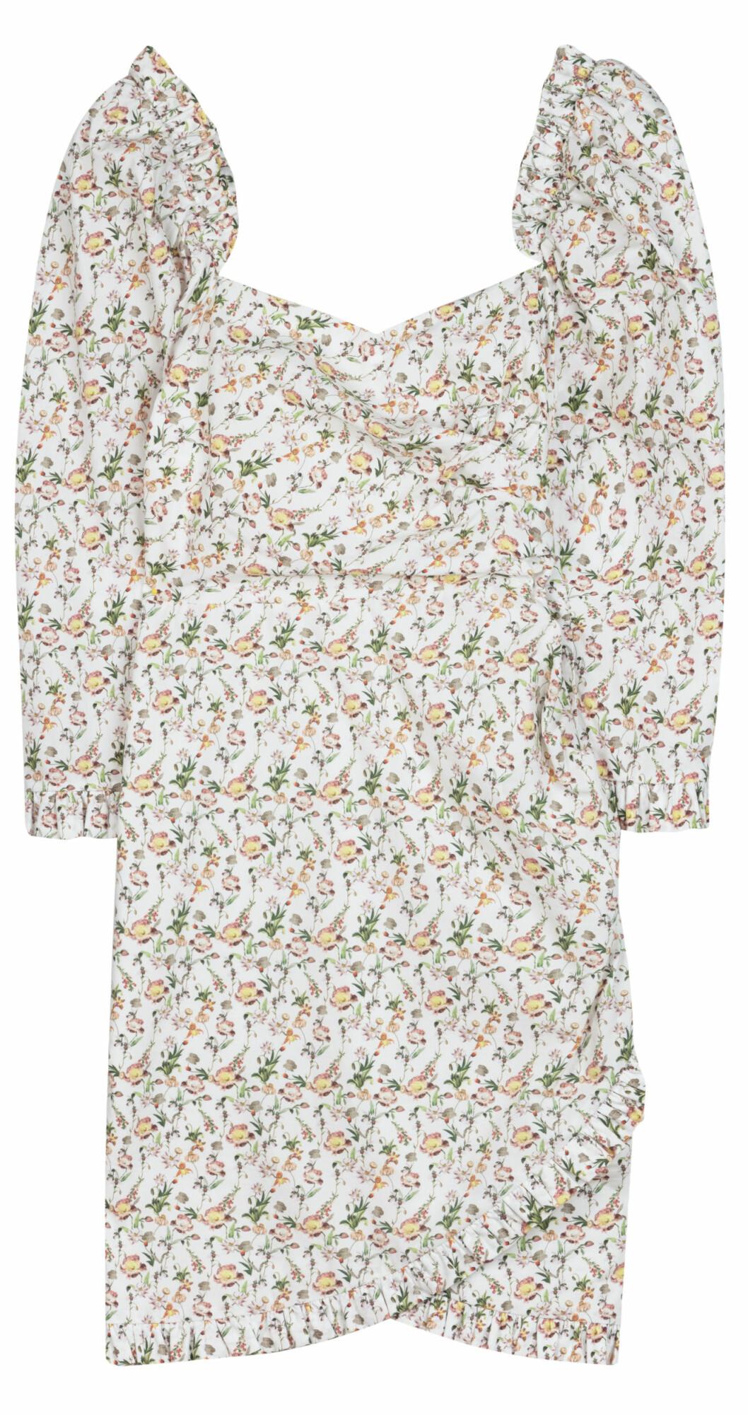 kort klänning från BY malina med blommor.