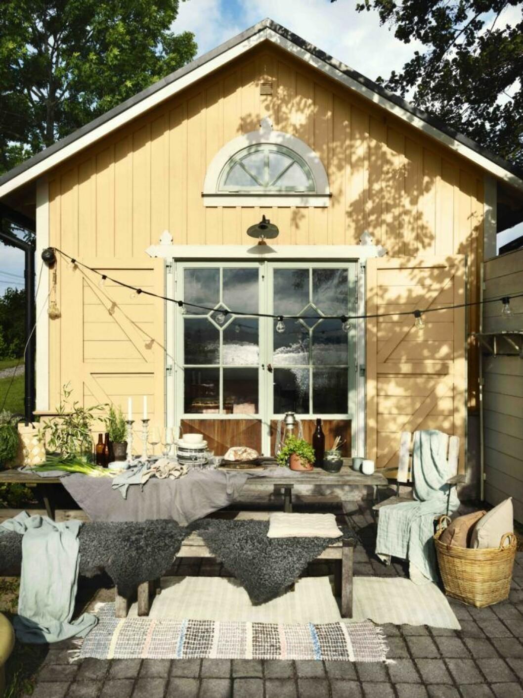Skapa rum i rummet utomhus i sommar