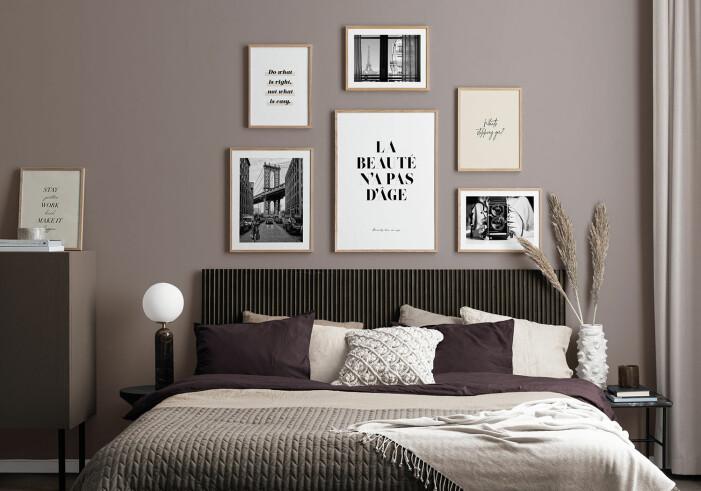 Så skapar du den perfekta tavelväggen i sovrummet