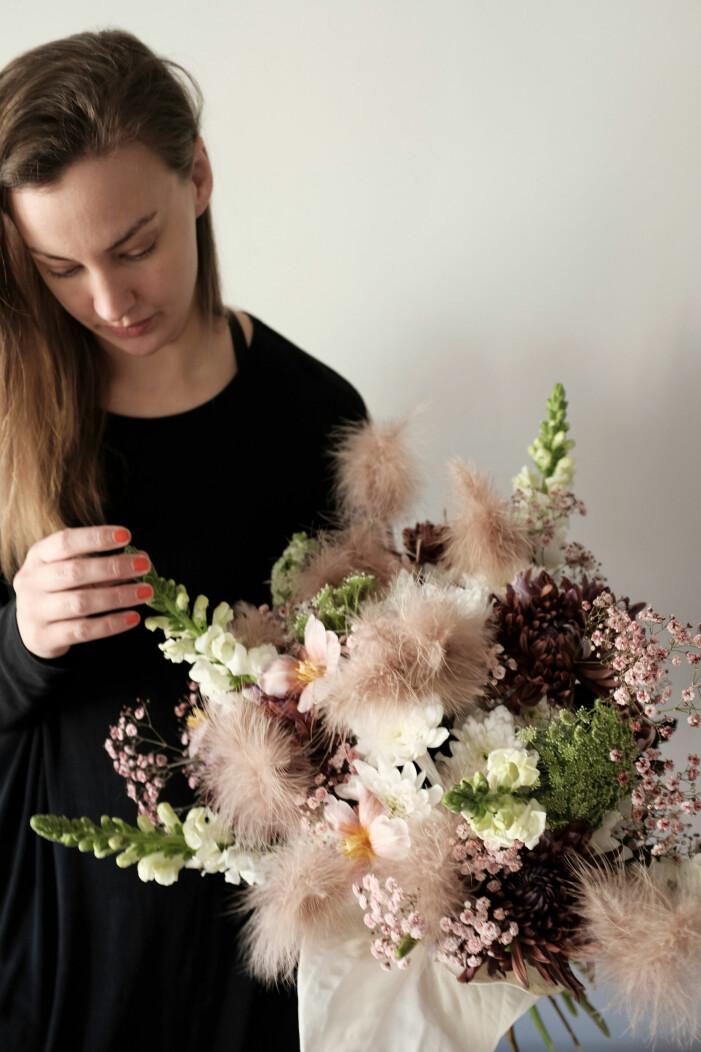Floristen och designstudioägaren Anna Wedin ger sina bästa tips för vasgarderoben