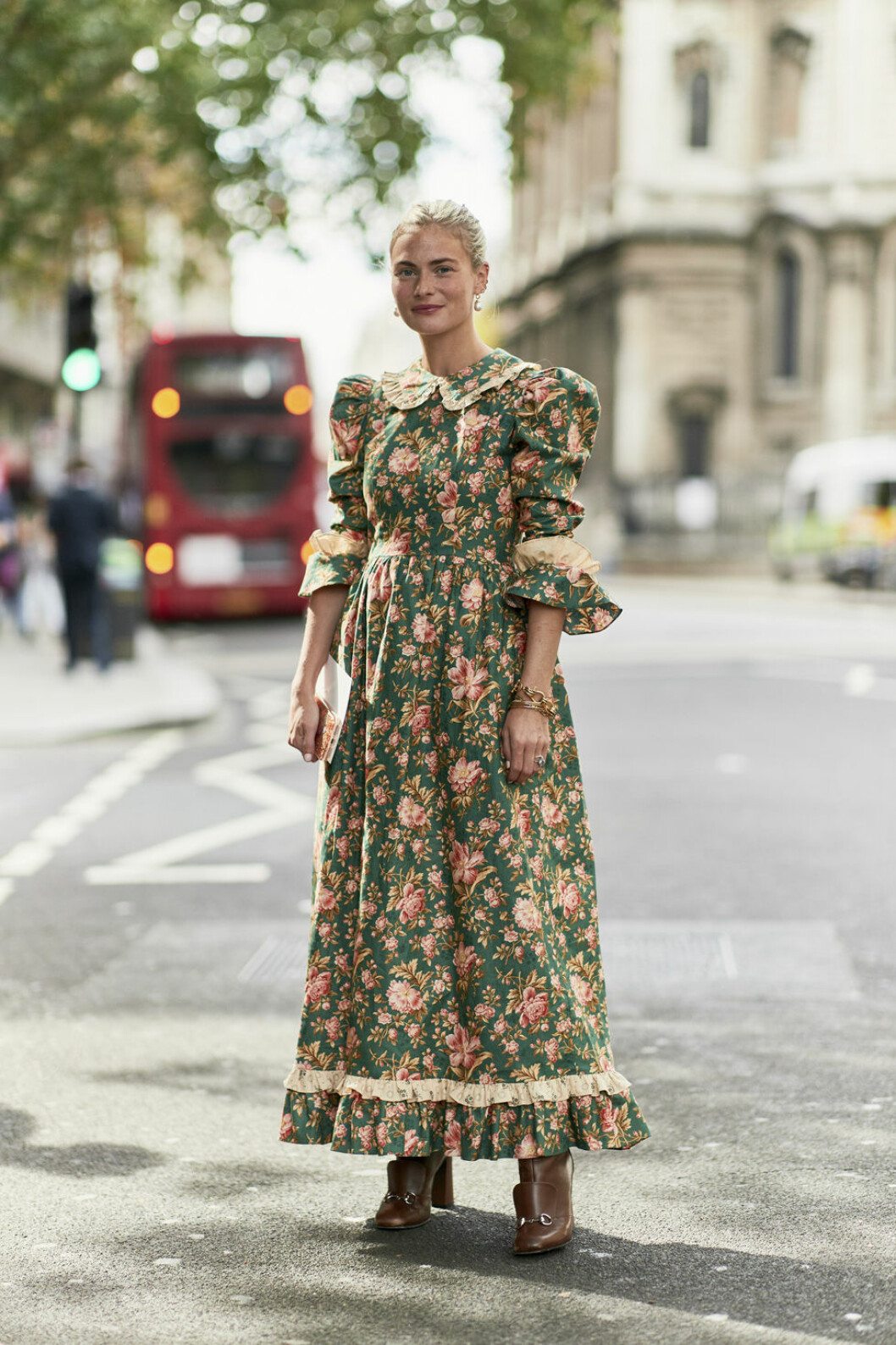 London streetstyle blommigt mönster