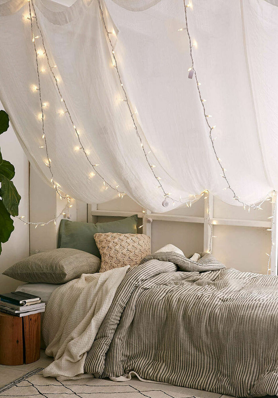 Sänghimmel med belysning