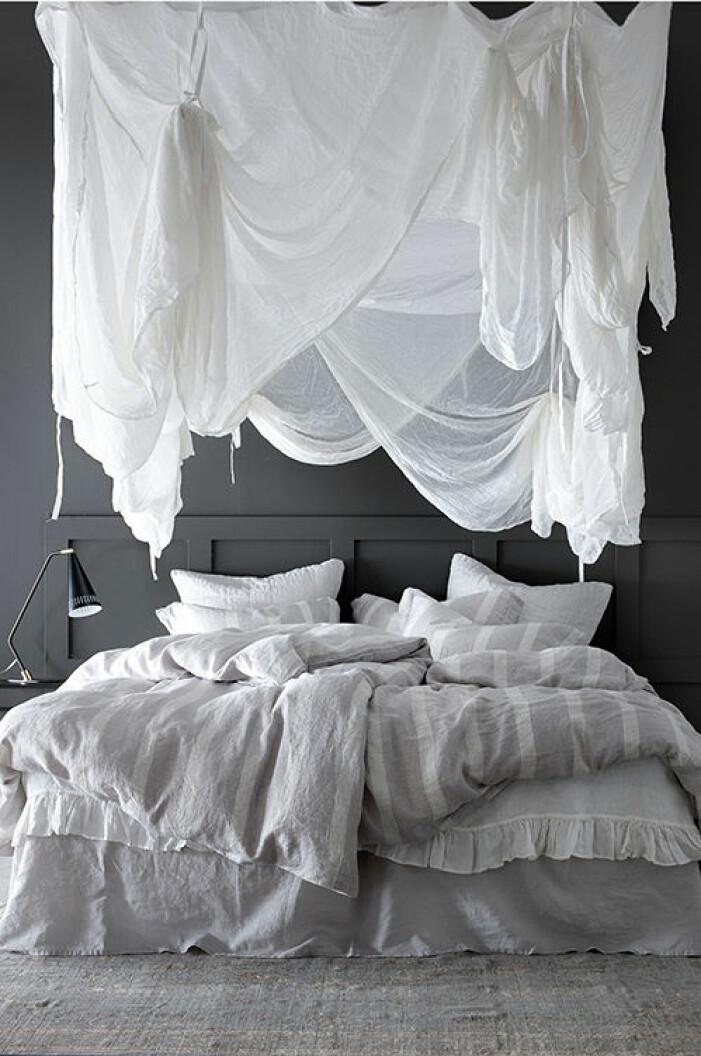 sänghimmel vit