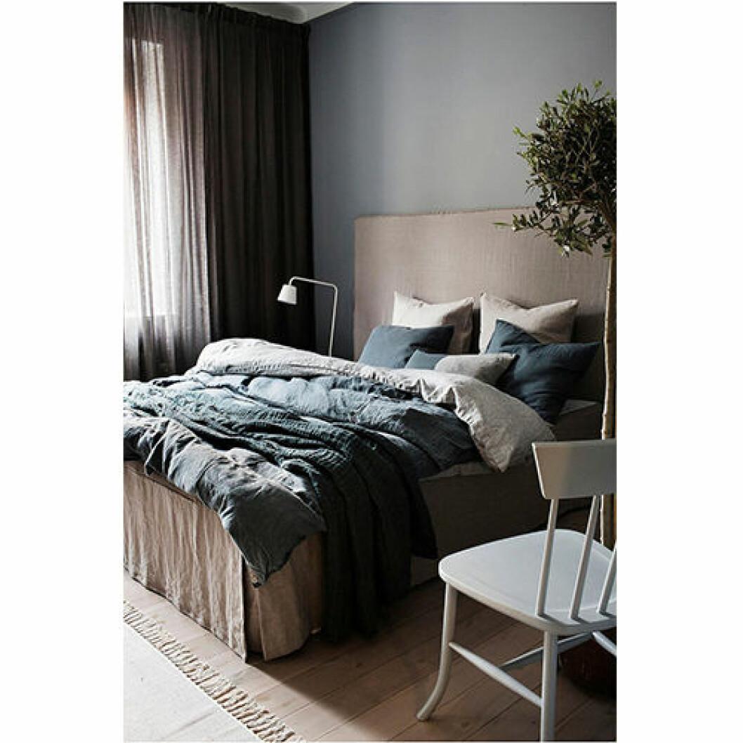 Sängkläder i tvättat linne
