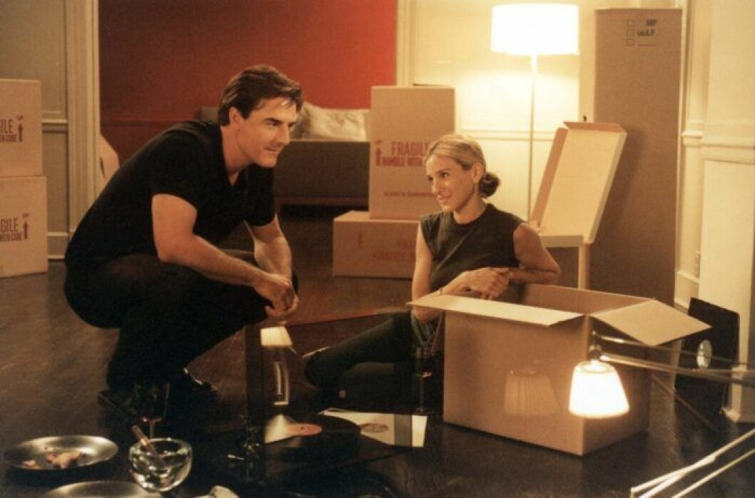En bild på karaktärerna Mr Big och Carrie Bradshaw från tv-serien Sex and the City.