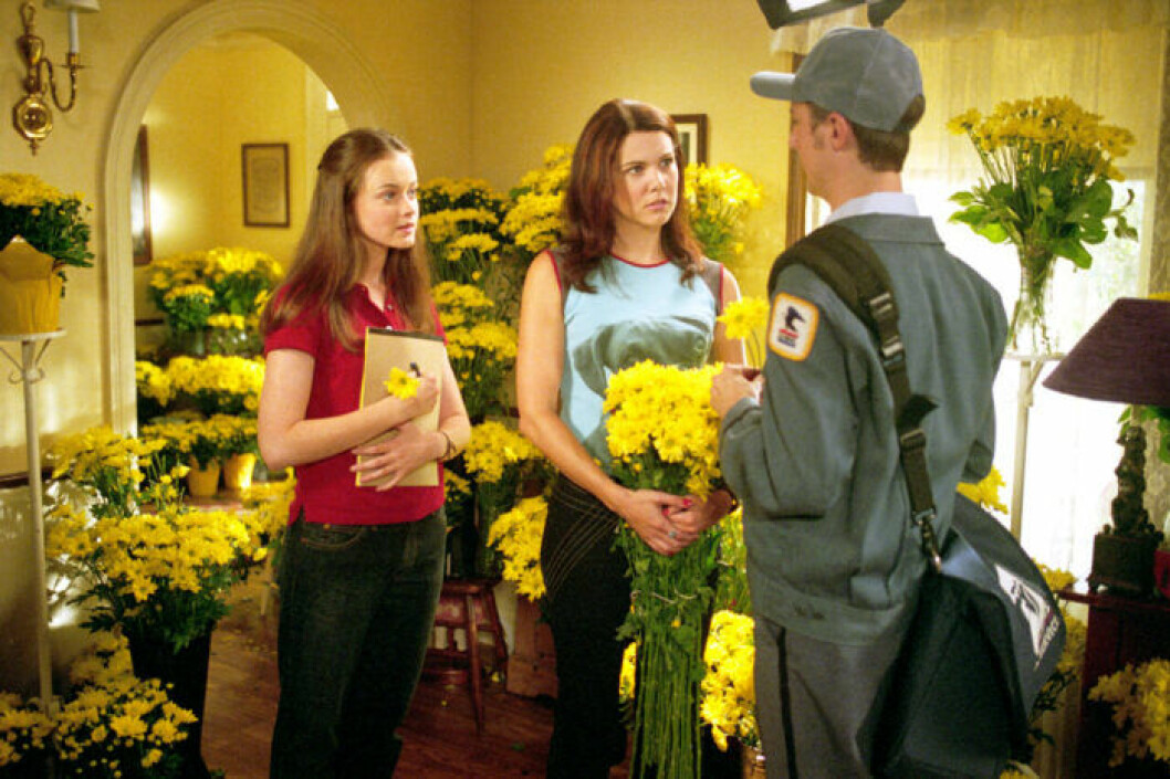 GILMORE GIRLS, Alexis Bledel, Lauren Graham, Sean Gunn, 'Sadie, Sadie', (Season 2), 2000-2007, photo