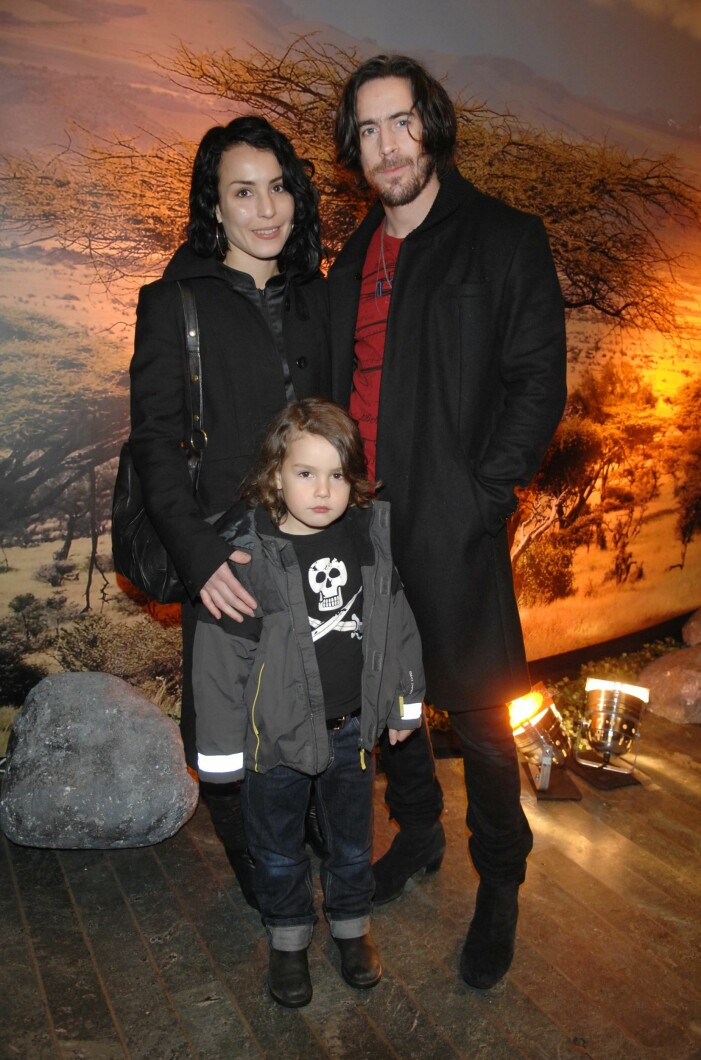 Filmpremiär: Madagaskar 2. Rigoletto, Stockholm. November, 2008. Noomi och Ola Rapace med Lev Noomi och Ola Rapace med sonen Lev