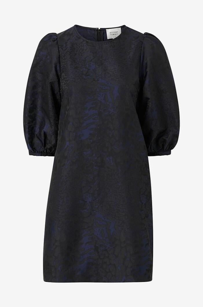 klänning second female