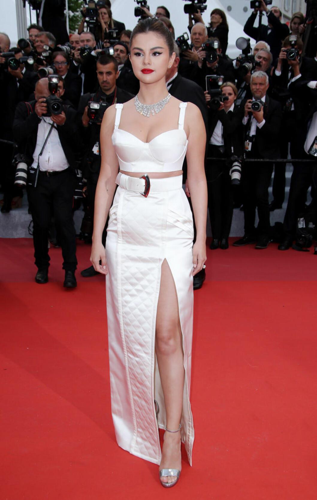En bild på sångerskan Selena Gomez på filmfestivalen i Cannes 2019.