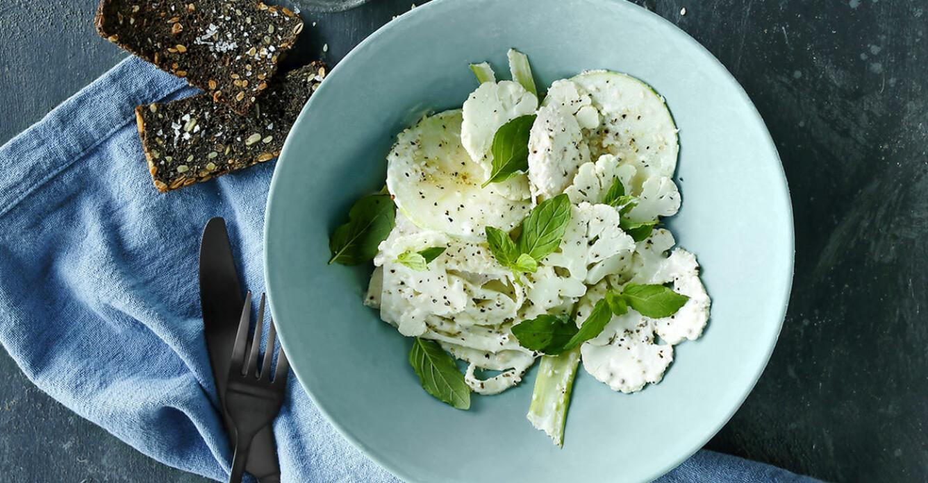 Recept på sesamkyckling med fänkåls-sallad