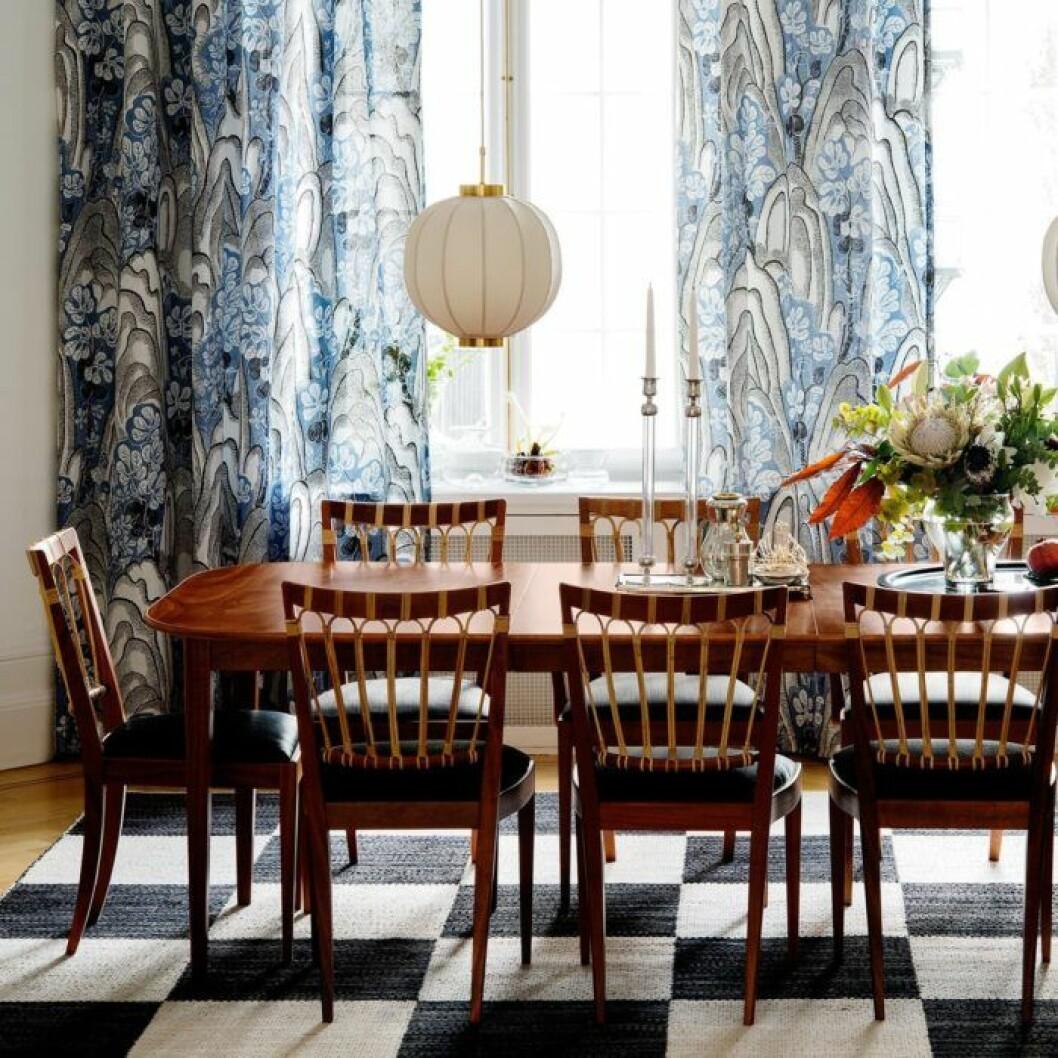 Josef Franks sidenlampa är en designklassiker.