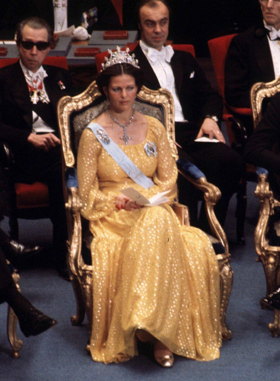 Drottning Silvia i Dior 1976