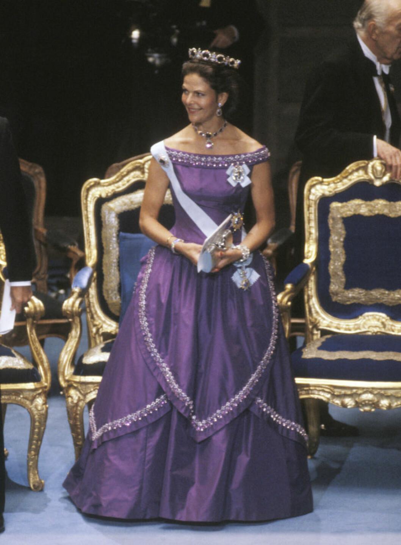 1986. Lila klänning av Jörgen Bender