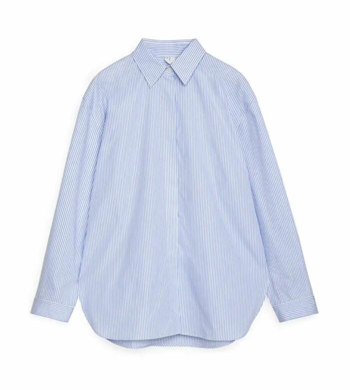 Blå skjorta i oversize