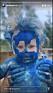 ellen bergströms dotter täckt i blå färg