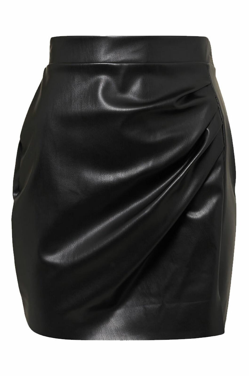svart-kjol-biancaxnelly