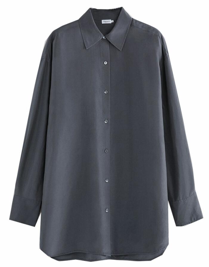 mörgkgrå silkesskjorta