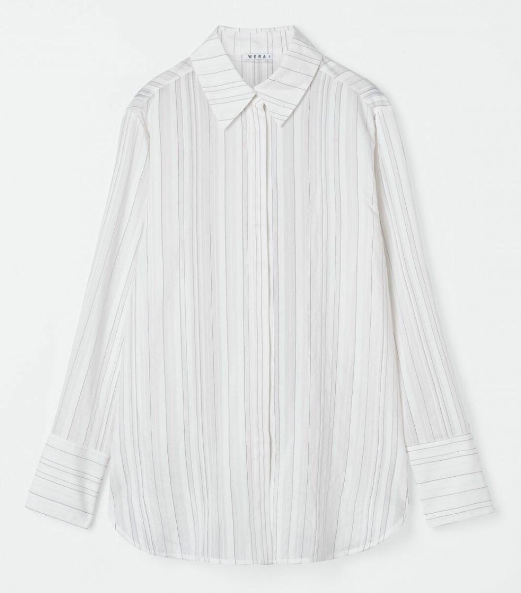 vit skjorta med ränder från wera.