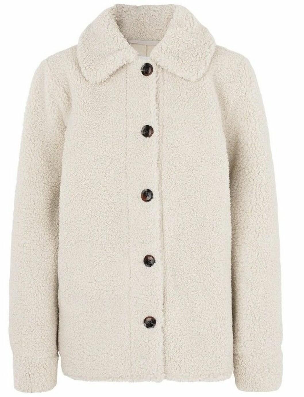 Vit skjortjacka från Samsøe Samsøe i fluffigt material