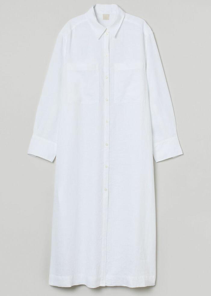 vit skjortklänning i linne
