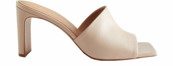 beige sandaletter