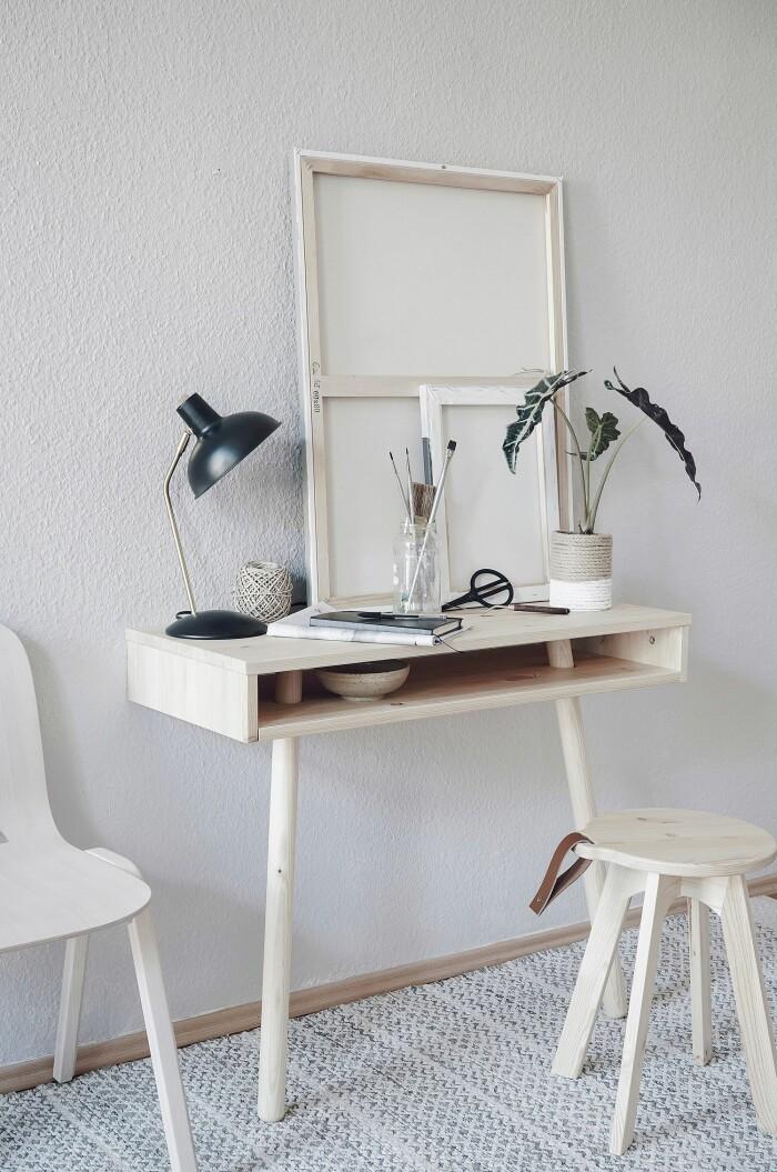 skrivbord till hemmakontoret är eftertraktat på second hand-marknaden